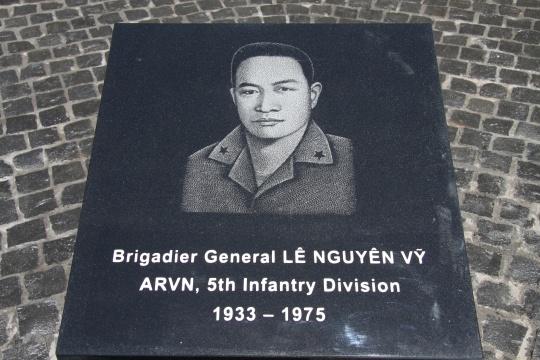 LE KHANH THANH-29.JPG